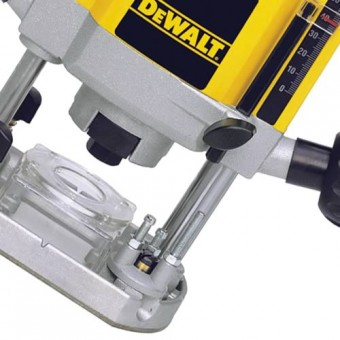 DeWALT DW615 Bovenfrees | 8 mm | 900 Watt | Electronic